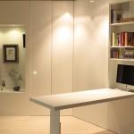Mesa incorporada en el mueble